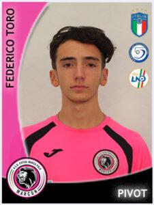 11 Federico Toro
